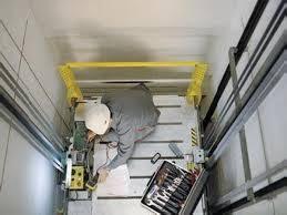 an toàn thang máy