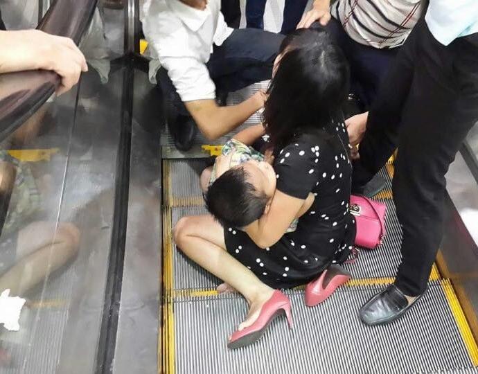 tai nạn thang máy