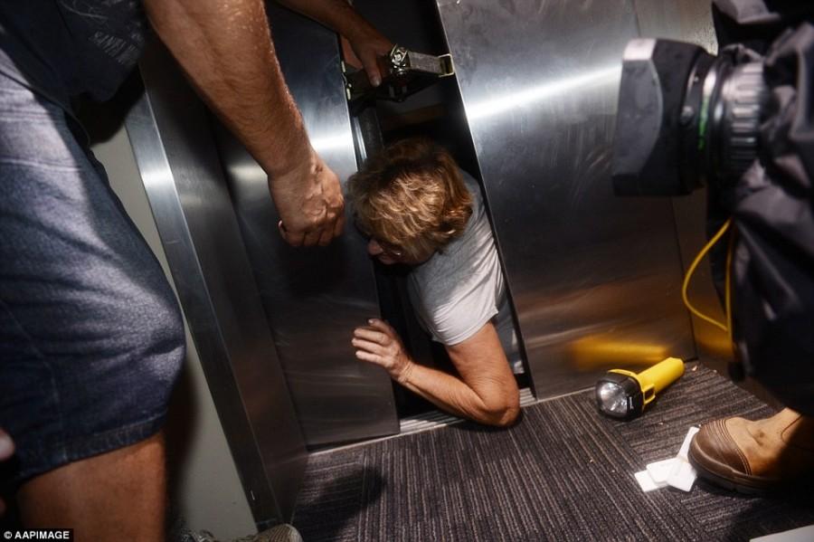 sự cố thang máy2