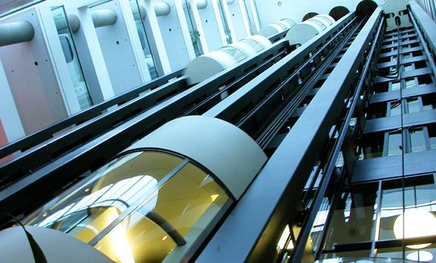 thang máy Hàn Quốc