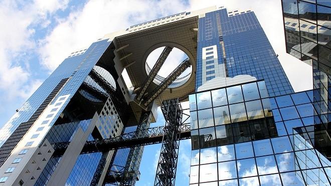 thang máy cao tầng