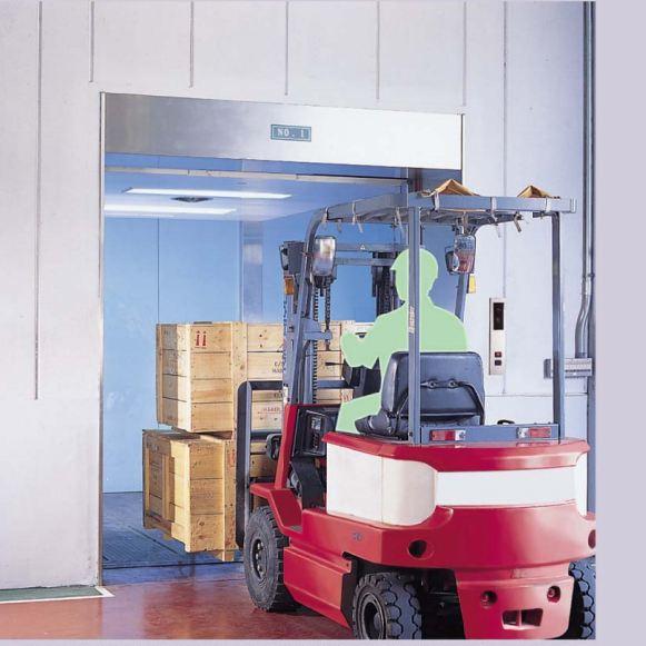 Thang máy tải hàng hóa
